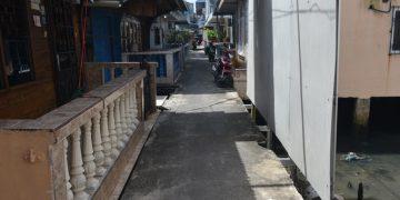 Proses Pengukuran dan Survei Lokasi Perbaikan Pelantar Mutiara 2 RT. 3  RW. 09 Potong Lembu Kelurahan Kemboja