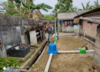 Finishing Pembuatan Saluran Pembuangan Air Limbah Di Kampung Bugis