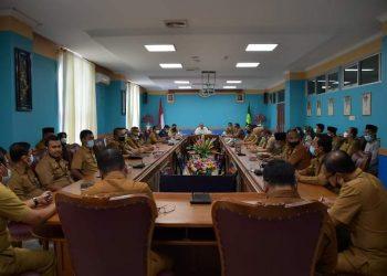 Bupati Natuna pimpin Rapat untuk menyerahkan DPA Tahun 2021 kepada OPD Kabupaten Natuna