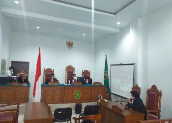 Suasana sidang agenda tuntutan terdakwa korupai BPHTB, Yudi Ramdani, f : ist